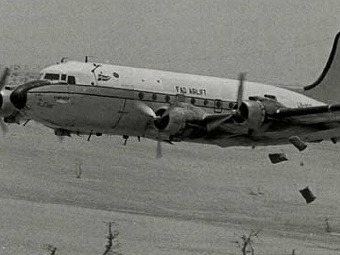 aviones blanco y negro