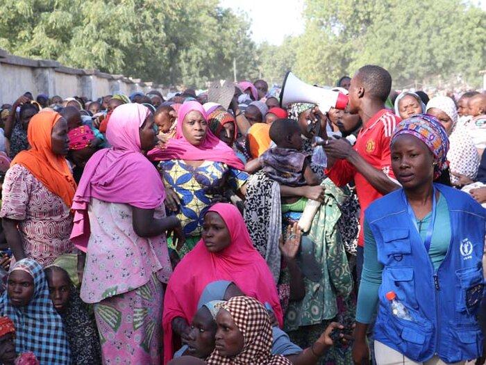 personas en la distribución del WFP