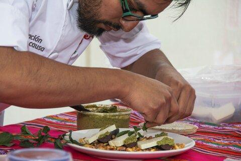 Jóvenes chefs protagonizan programa de televisión que busca hacer realidad Hambre Cero