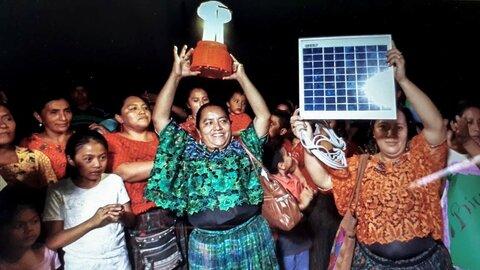 """""""Regresamos a Guatemala para iluminar nuestras comunidades"""""""
