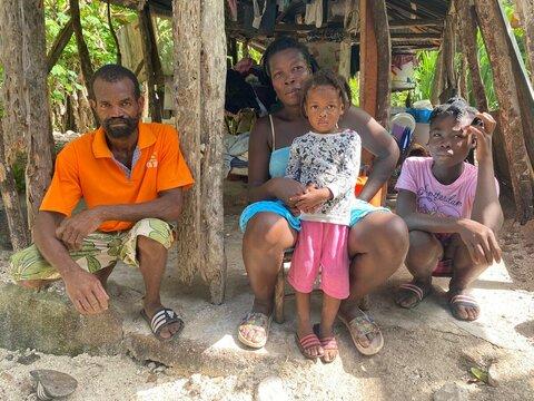 """Terremoto en Haití: """"Esta noche comeremos una buena comida"""""""