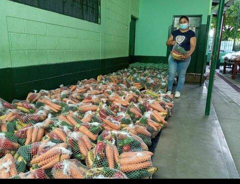 Vegetales frescos desde el Corredor Seco para las escuelas en Guatemala